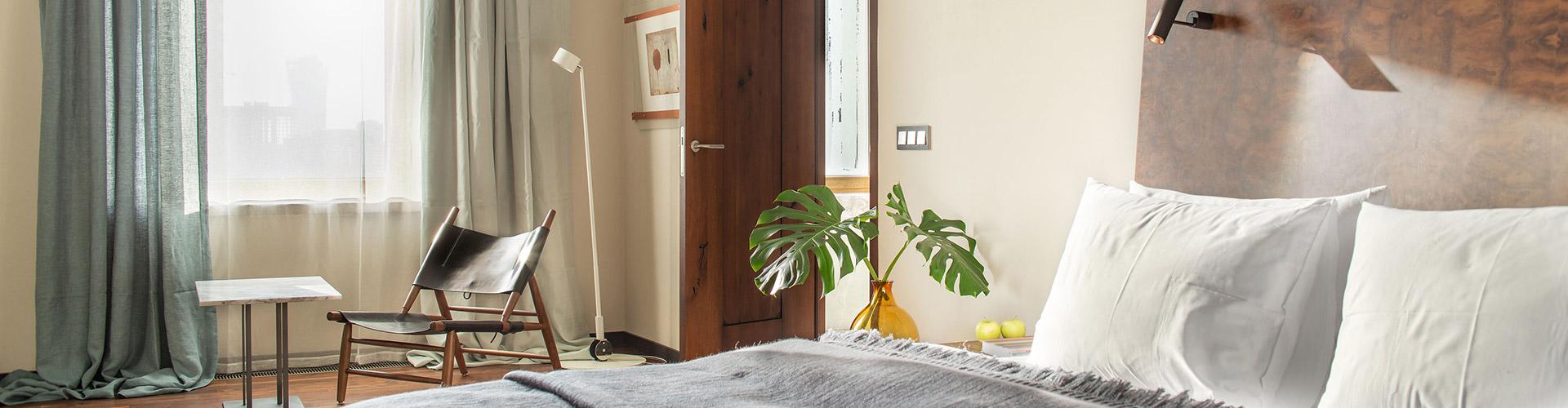 Hotel-warszawa-pieciogwiazkowy-hotel-w-centrum-warszawy-junior-suite