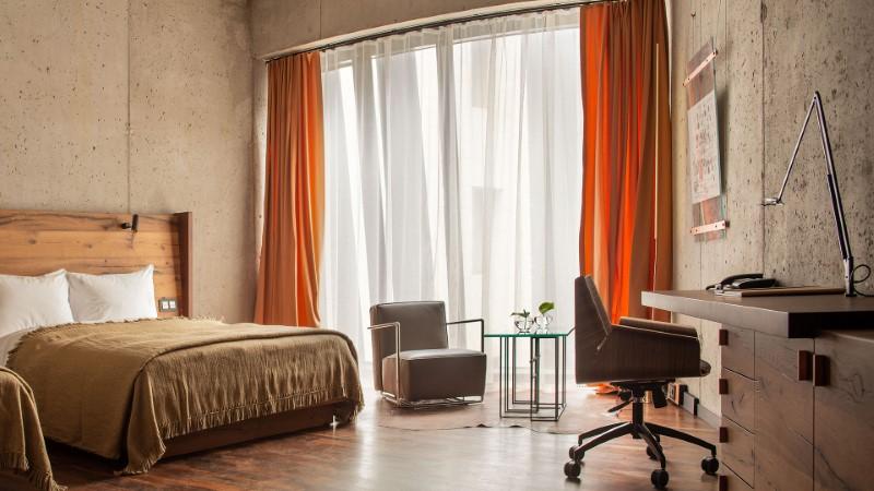 Hotel-warszawa-pieciogwiazkowy-hotel-w-centrum-warszawy- junior-suite-z-2-lozkami