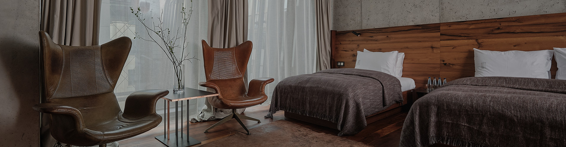 Hotel-warszawa-pieciogwiazkowy-hotel-w-centrum-warszawy-junior-suite-z-dwoma-lozkami