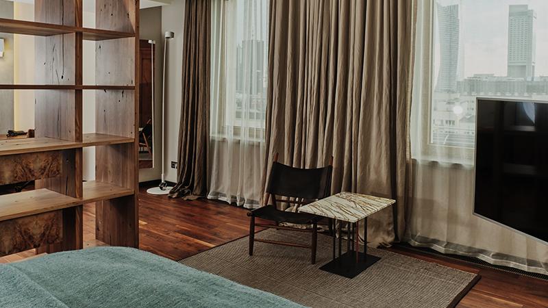 Hotel-warszawa-pieciogwiazkowy-hotel-w-centrum-warszawy- junior-suite