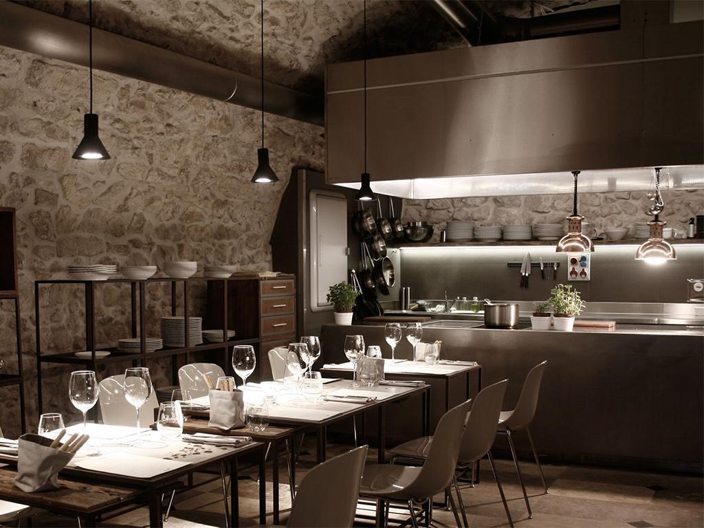 Pięciogwiazdkowy Hotel Warszawa - restauracja lconcept